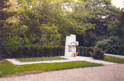 Grafmonument juni 1984
